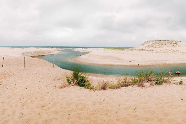 Courant d'Huchet à Moliets, plus belles plages des landes, sud-ouest de la France