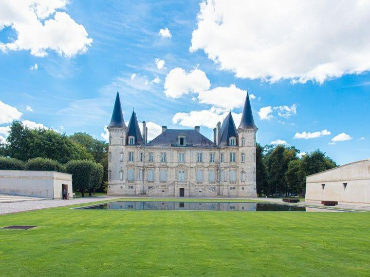 Chateau Pichon Longueville à Pauillac sur la route des vins du médoc